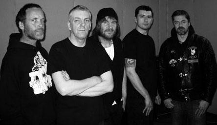 http://thrash.su/images/duk/DAM-newband.jpg